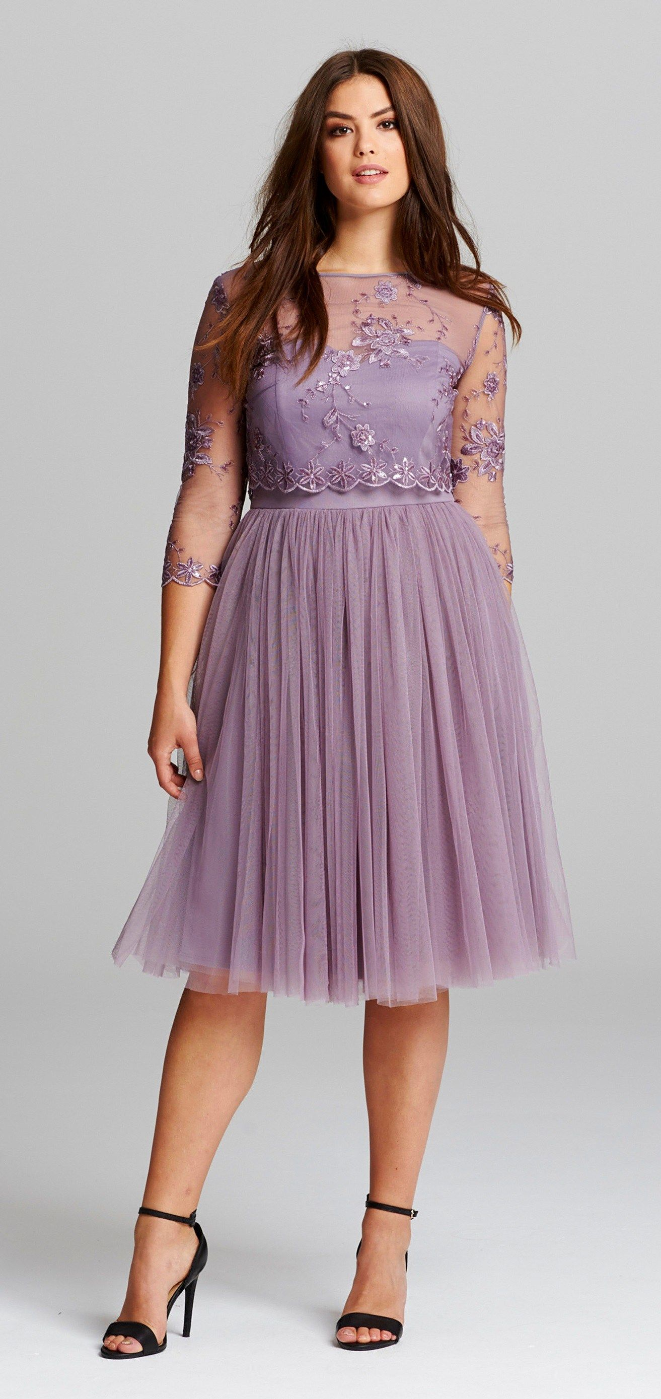 86368894fd7fd 45 Plus Size Wedding Guest Dresses {with Sleeves} - Plus Size Cocktail  Dresses - alexawebb.com