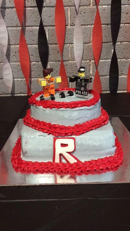 Roblox theme birthday cake diy | Jace 5th birthday ...