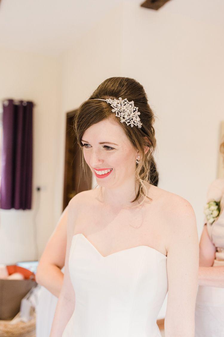 hair bride bridal up do style beehive hair band simple elegant