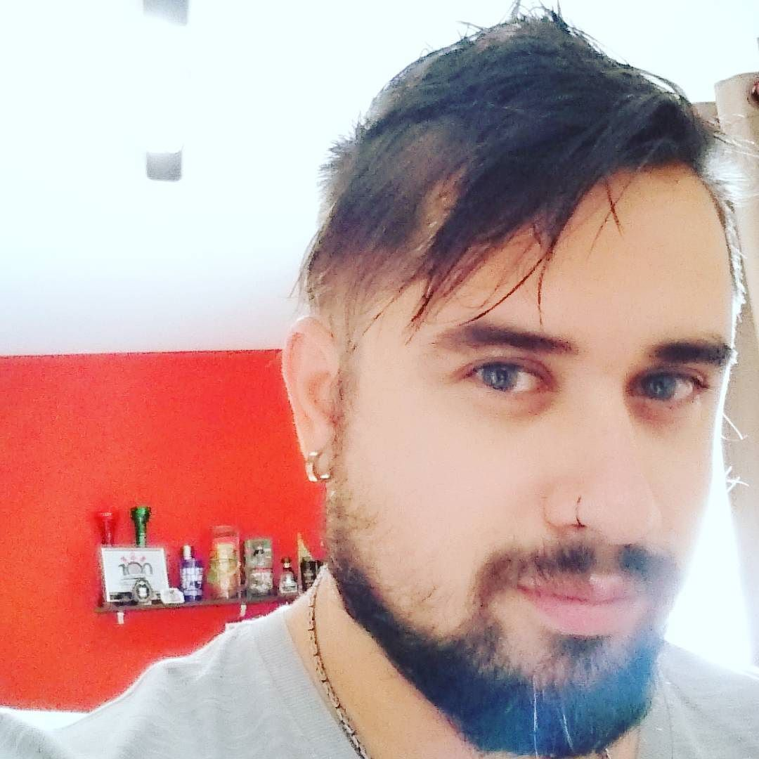 Ohhhhhh sexta vem q vem hehe #beer #beardgrowth #beard #myroom by pbicas