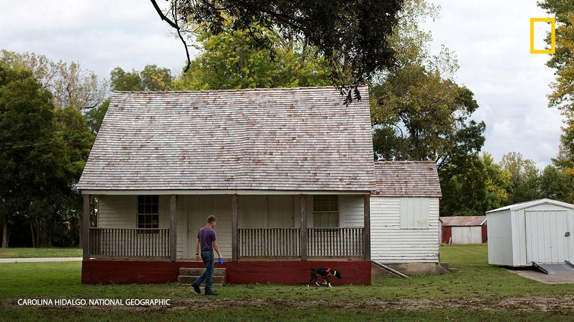 [ARTICLE] @NatGeoPhotos : Explore the nostalgic town of Ste. Genevieve Missouri whose historical roots pre-date its foundation: https://t.co/DYDCV2kW44