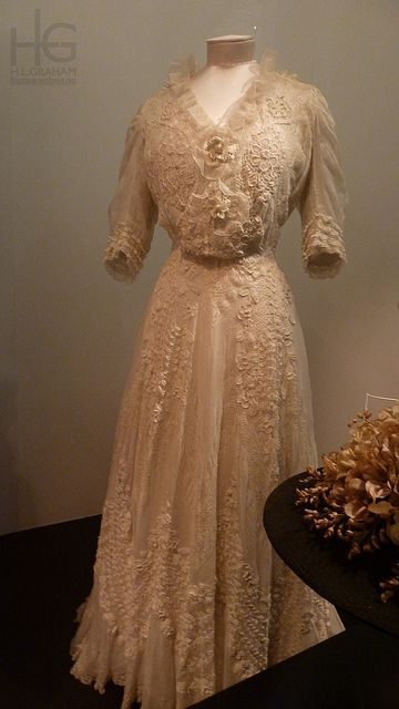 1904-1908 cotton day dress with lace and crochet, possibly French.
