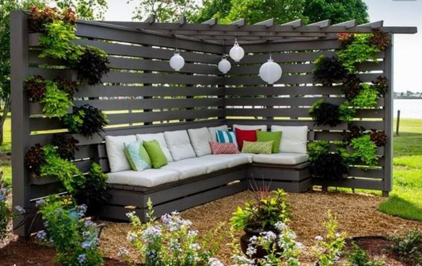cran d 39 intimit 9 projets diy pour se cacher des voisins avec go t et sans avoir l 39 air trop. Black Bedroom Furniture Sets. Home Design Ideas
