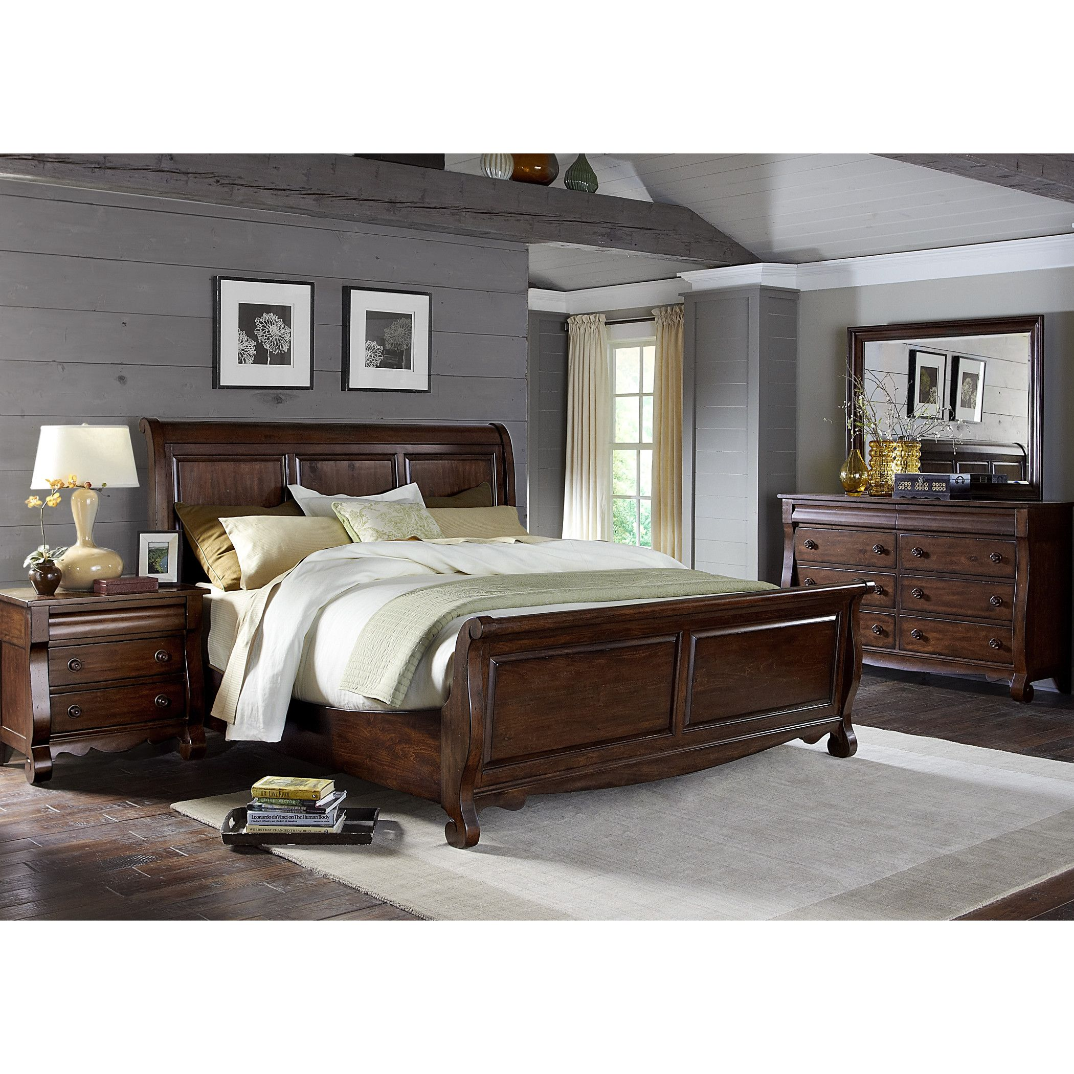 Brown Furniture Bedroom, Broyhill