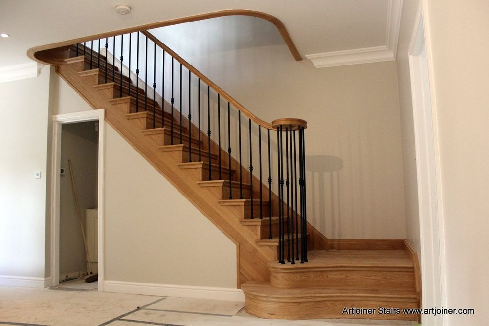 Best Details About Oak Timber Grand Staircase With Metal 400 x 300