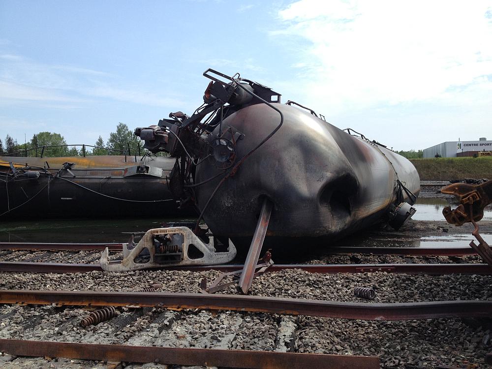 Wagons ferroviaires déraillés à LacMégantic Safety