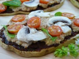 Raw food recipe eggplant pizza healthy foods pinterest raw food recipe eggplant pizza forumfinder Images