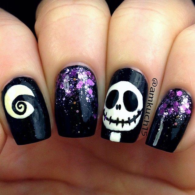 Halloween By Amkuch15 Black And Purple Glitter Nightmare Before Christmas Nails Nailart X Kuku Lucu Desain Seni Kuku Kutek Disney