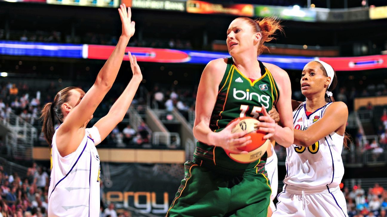 Lauren Jackson Basketball - Prince Charles Lauren Jackson