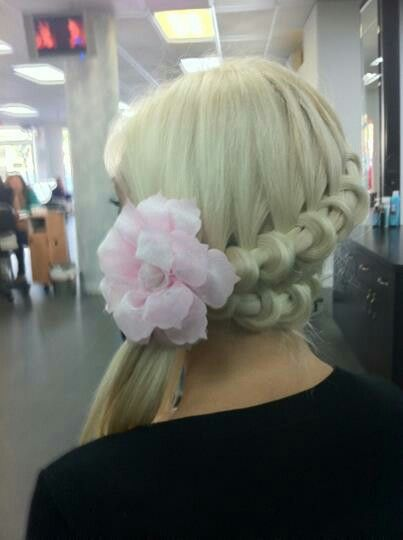 wow, hair4myprincess has the how to on this style
