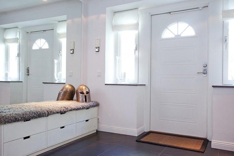 Hallway storage, look at Ikea Stuva for a very similar look Hall