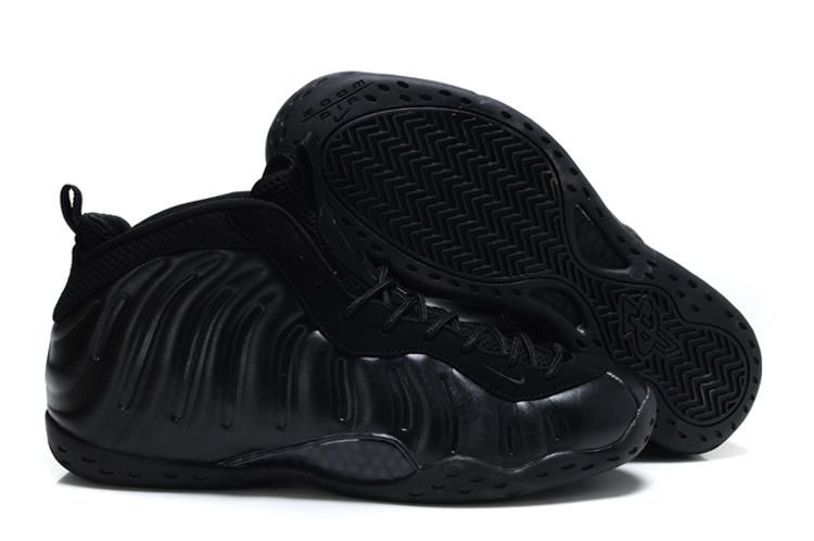 fa3a39a067396 Nike Air Foamposite One All Black