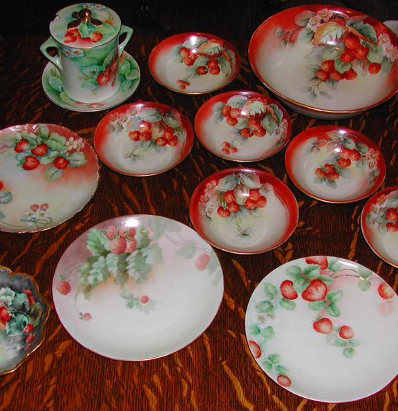 Many different pieces of limoge china with a single theme - Strawberry kitchen decorations ...