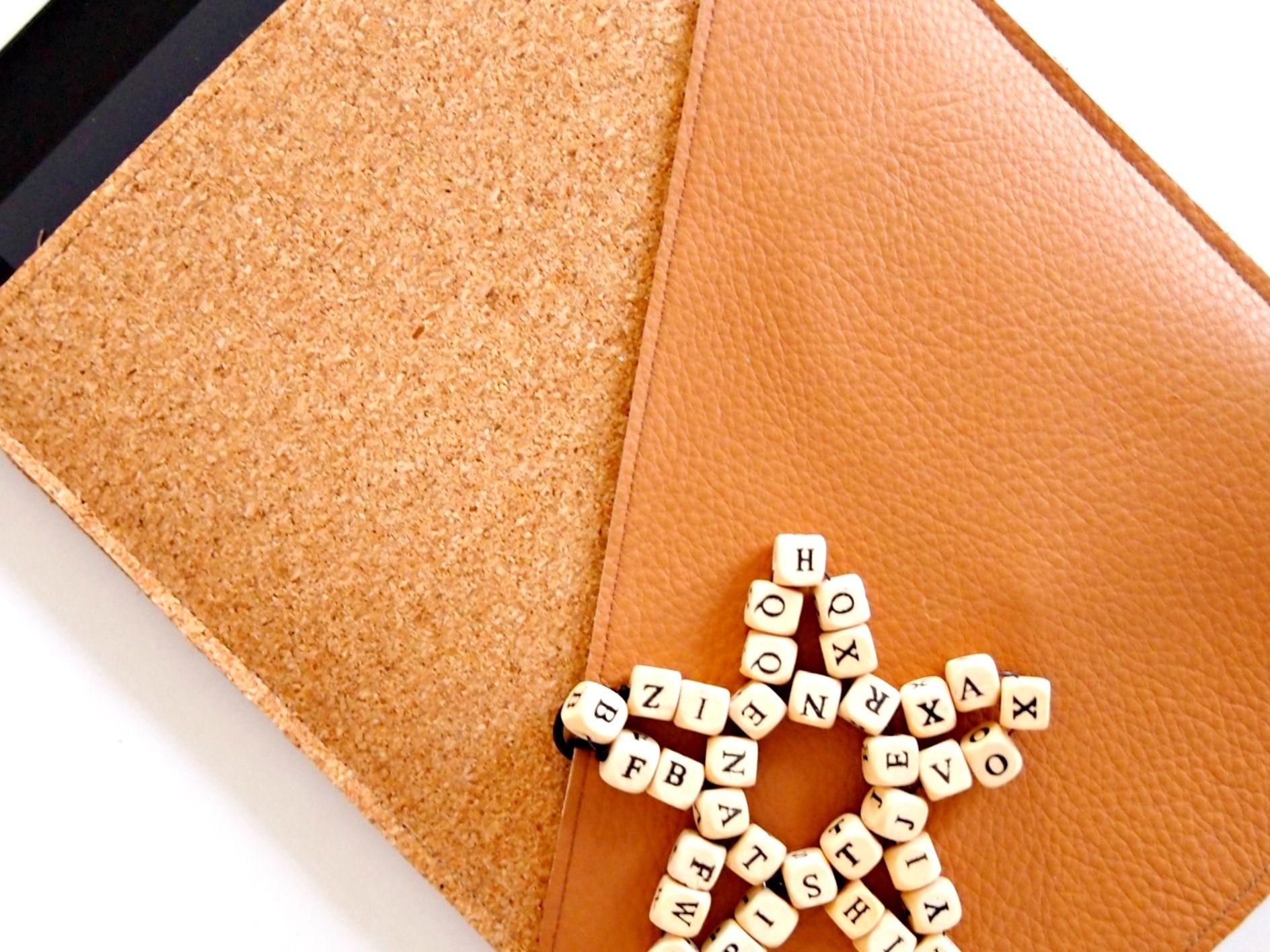 DIY: Leather/Cork iPad Case