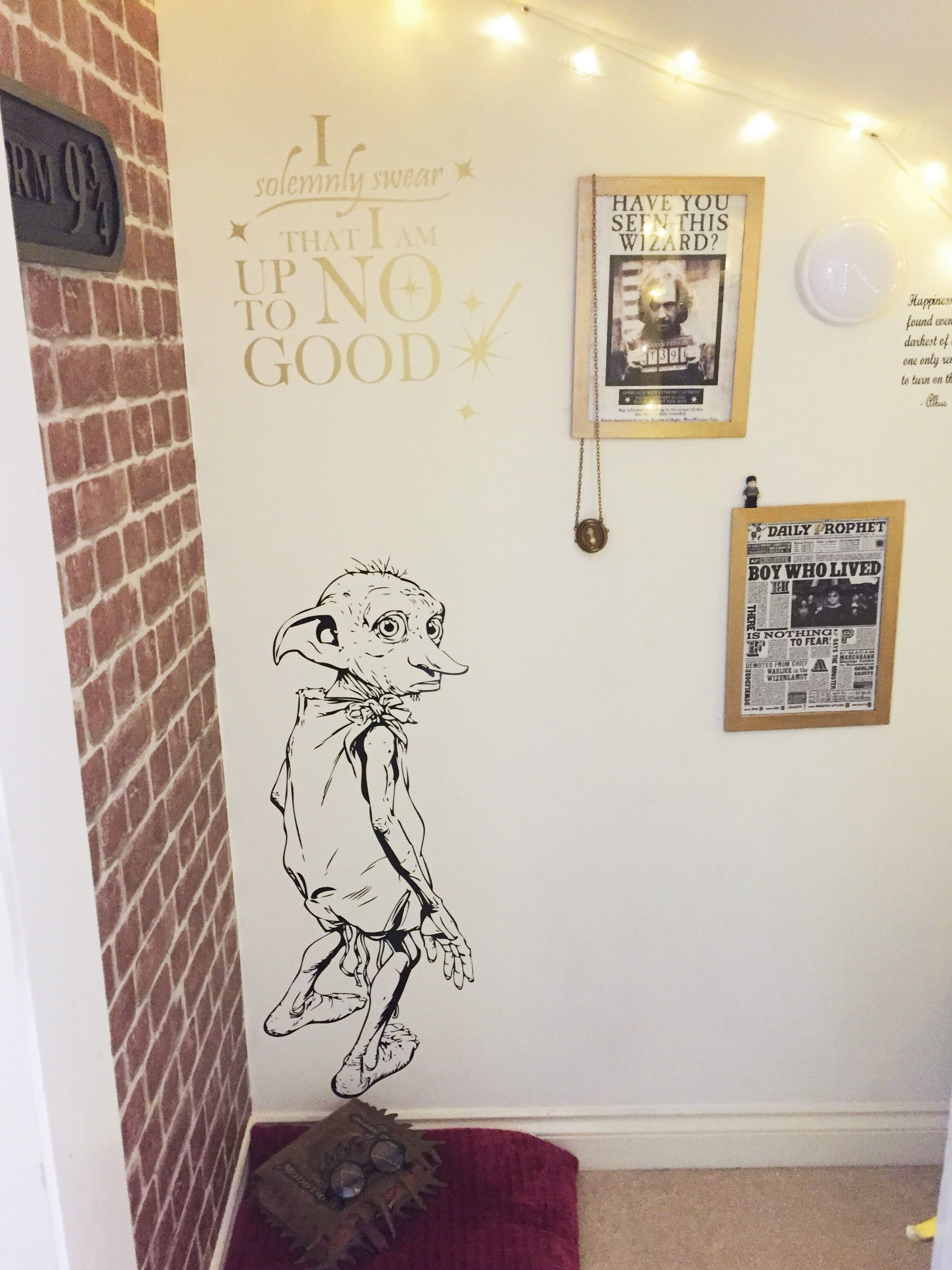 new addition to my harry potter cupboard under the stairs dobby is a free elf gorgeous wall. Black Bedroom Furniture Sets. Home Design Ideas