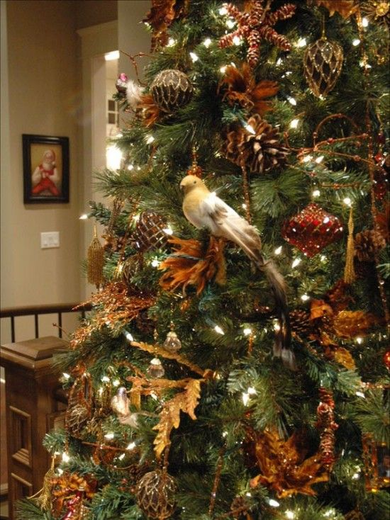 Perfectly Natural Holiday Tree Celebrate The Winter Season With A Nature Inspired Christmas Mix In Variety Of Pinecones Leaves And Birds Throughout