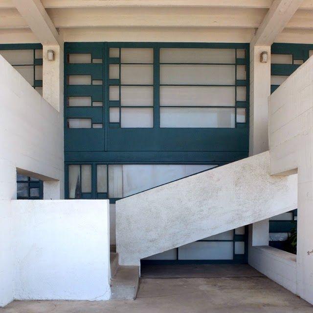 Lovell beach house 1926 newport beach los angeles - Modern interior doors los angeles ...
