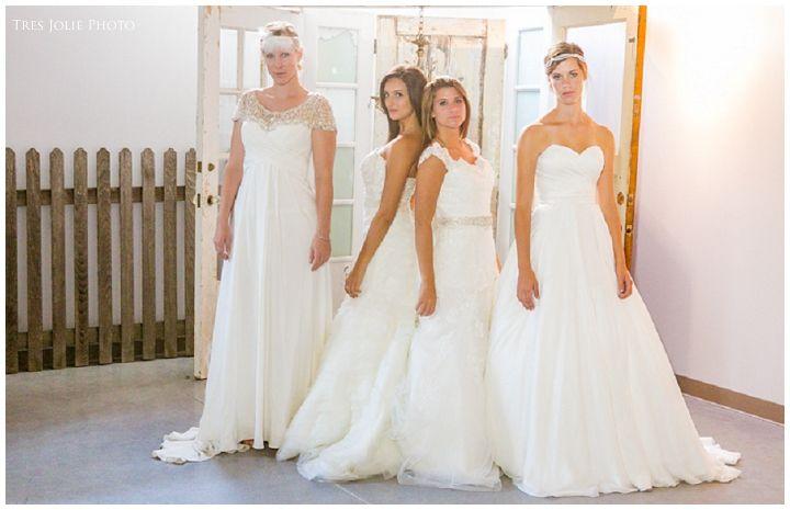 Tres-Jolie-Photo_0575.jpg Tres-Jolie-Photo Wedding photographer milwaukee @relicvintagerentals @Kasana F @stonemanorbridal cedarburg