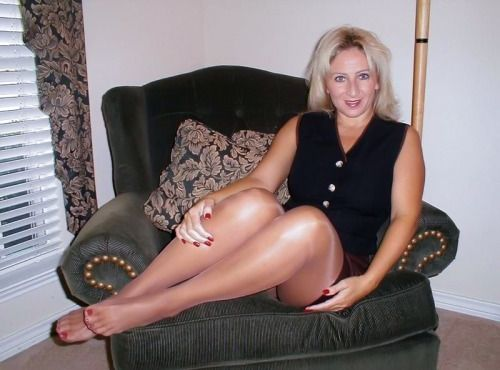 Best of Mature Pantyhosed Feet