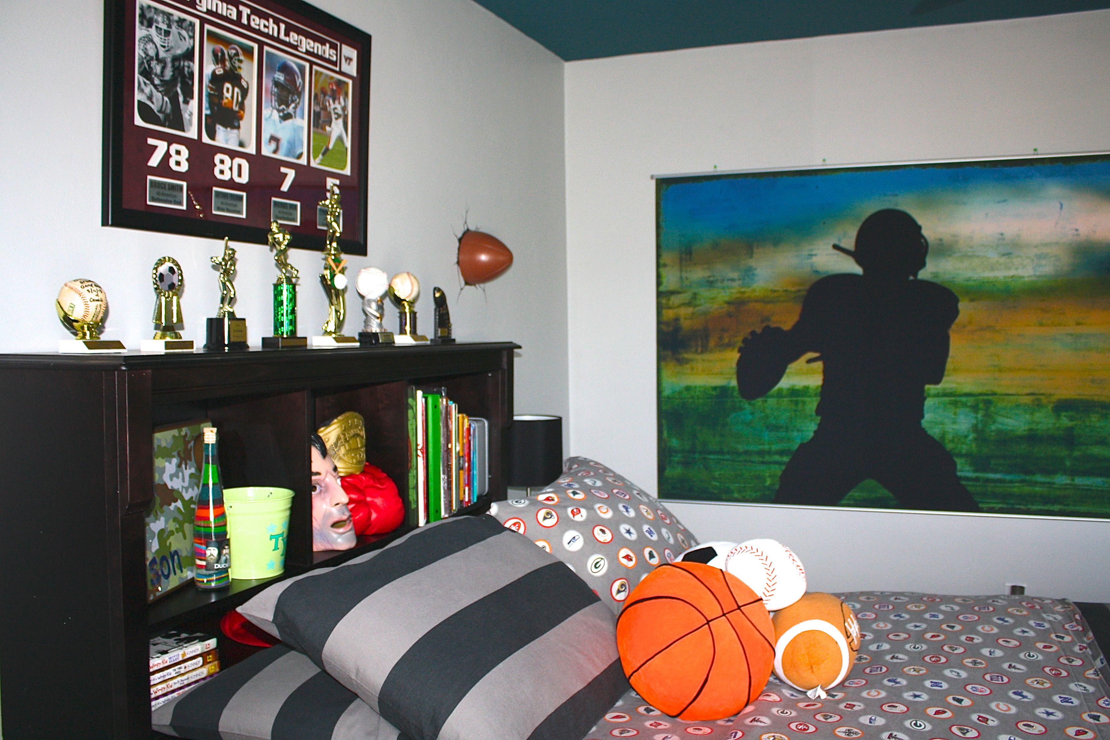 NFL/College Football Bedroom. Pottery Barn NFL Sheets And Varsity Football  Wall Mural.