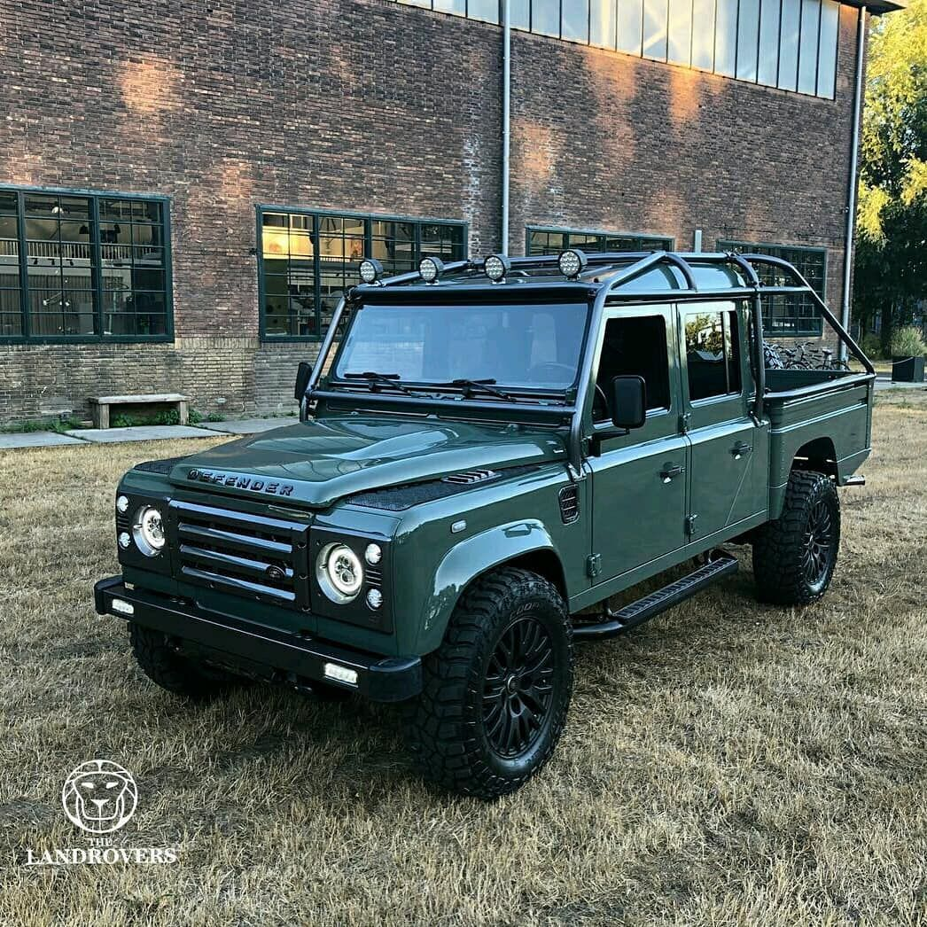 I M In Love With This Defender Thelandrovers Follow Us Dailyoverland Landrover Land Rover Land Rover Car Land Rover Defender 110