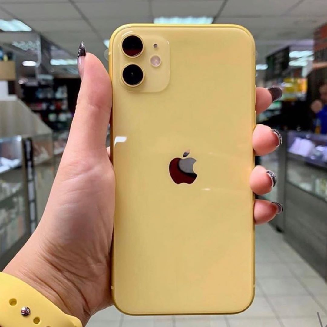 Apple Store On Instagram Iphone 11 Yellow In 2020 Apple Smartphone Iphone Apple Iphone