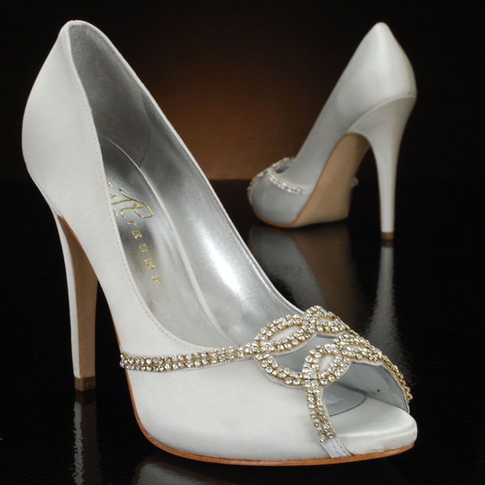 Ivanka Trump Chelsee Wedding Shoes And Chelsee Dyeable Bridal Shoes Ivory Ivory Bridal Shoes Bridal Shoes Ivory Wedding Shoes