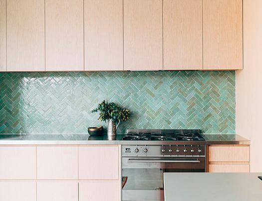 Bejmat tegel in visgraat motief keuken in 2019 pinterest