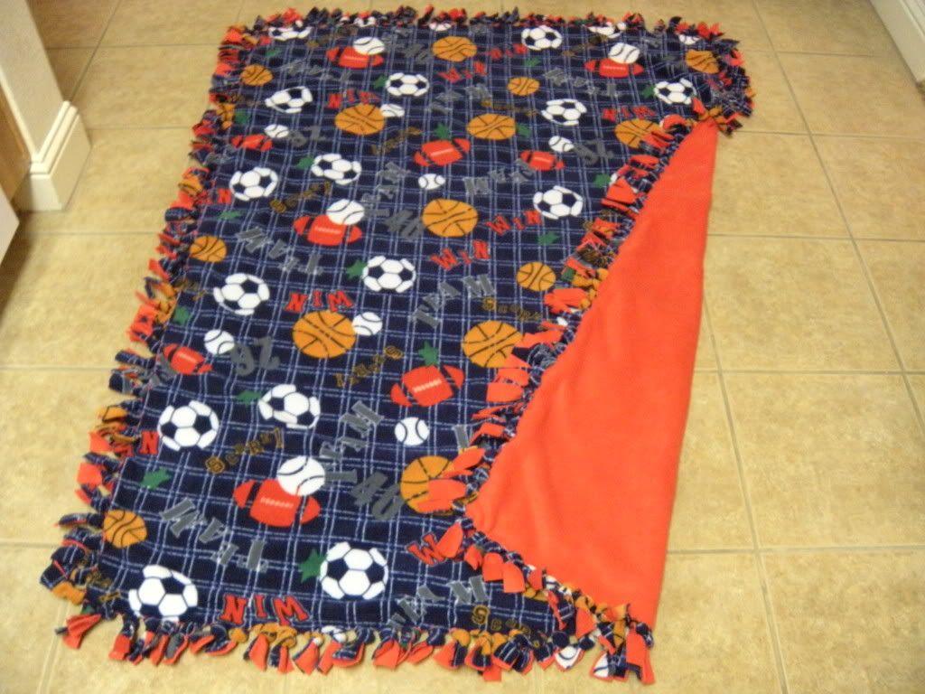 Diy no sew blankets gifts for boyfriend