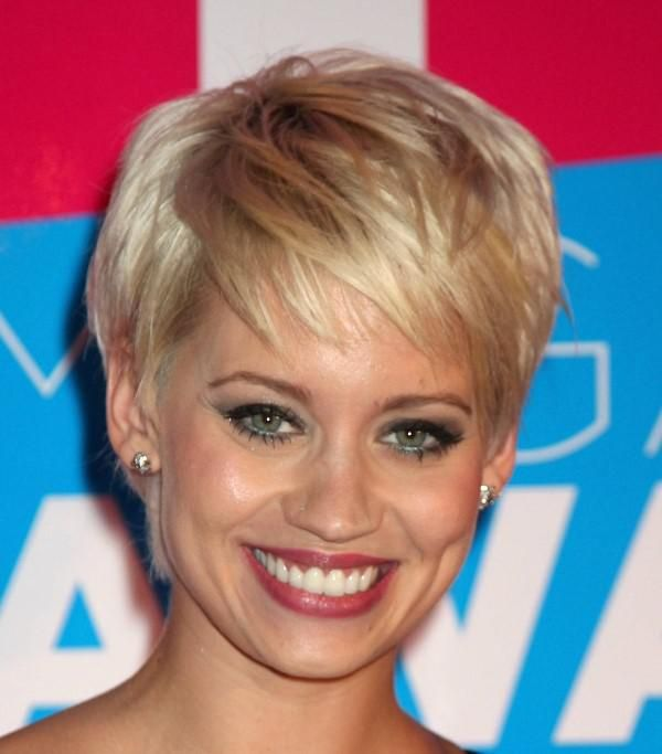 Low Maintenance Short Hairstyles For Round Faces Google Search
