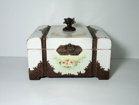 Antique Jewelry Box / Victorian Style Trinket от JoliefleurDeco