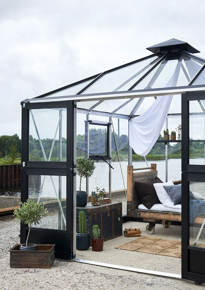 Kasvihuone Juliana Oasis 8,8 m² turvalasilla