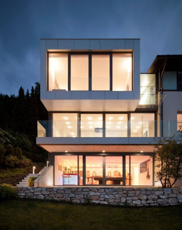 Home: Three Story House To Make Outstanding Home Design Online 160419