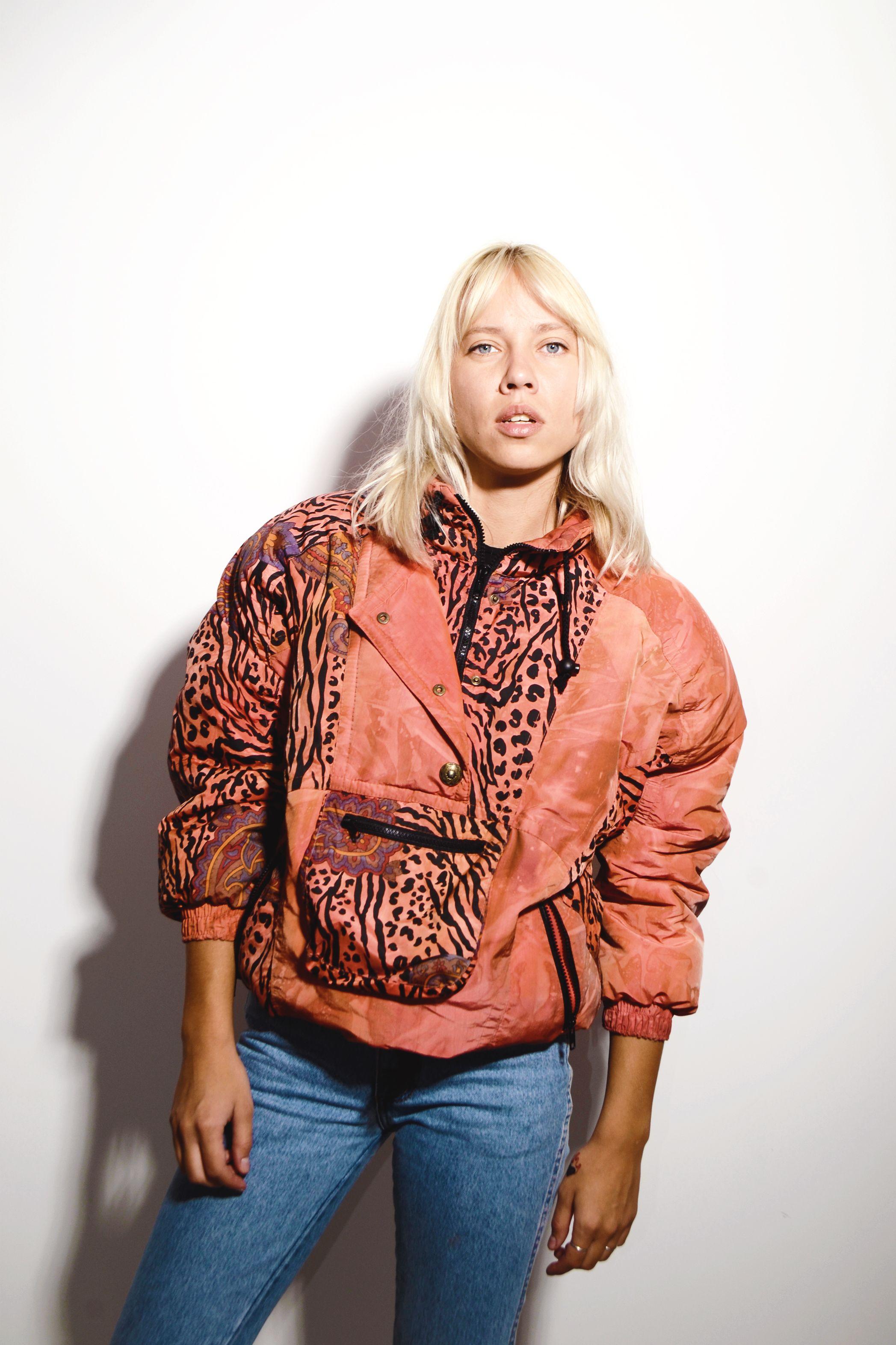 Vintage 90s Ski Jacket In Orange For Women Old School Fashion Streetwear Clothing Retro Old School Fashion Vintage Clothing Online School Fashion