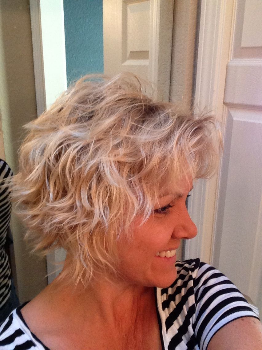 Scrunched Bob Hairstyles Angled Bob Hairstyles Hair Styles