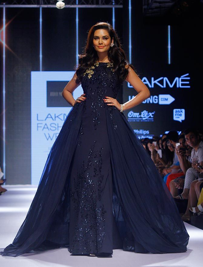 Ridhi Mehra Blue Gown Perfect For Your Reception Esha Gupta