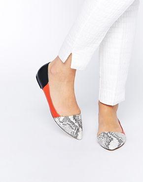Faith – Aden – Asymmetrische, flache Schuhe in Schlangenlederoptik