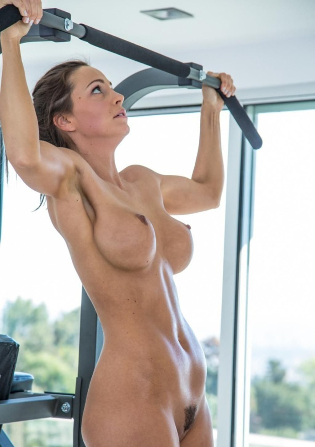 athletic fit nude women