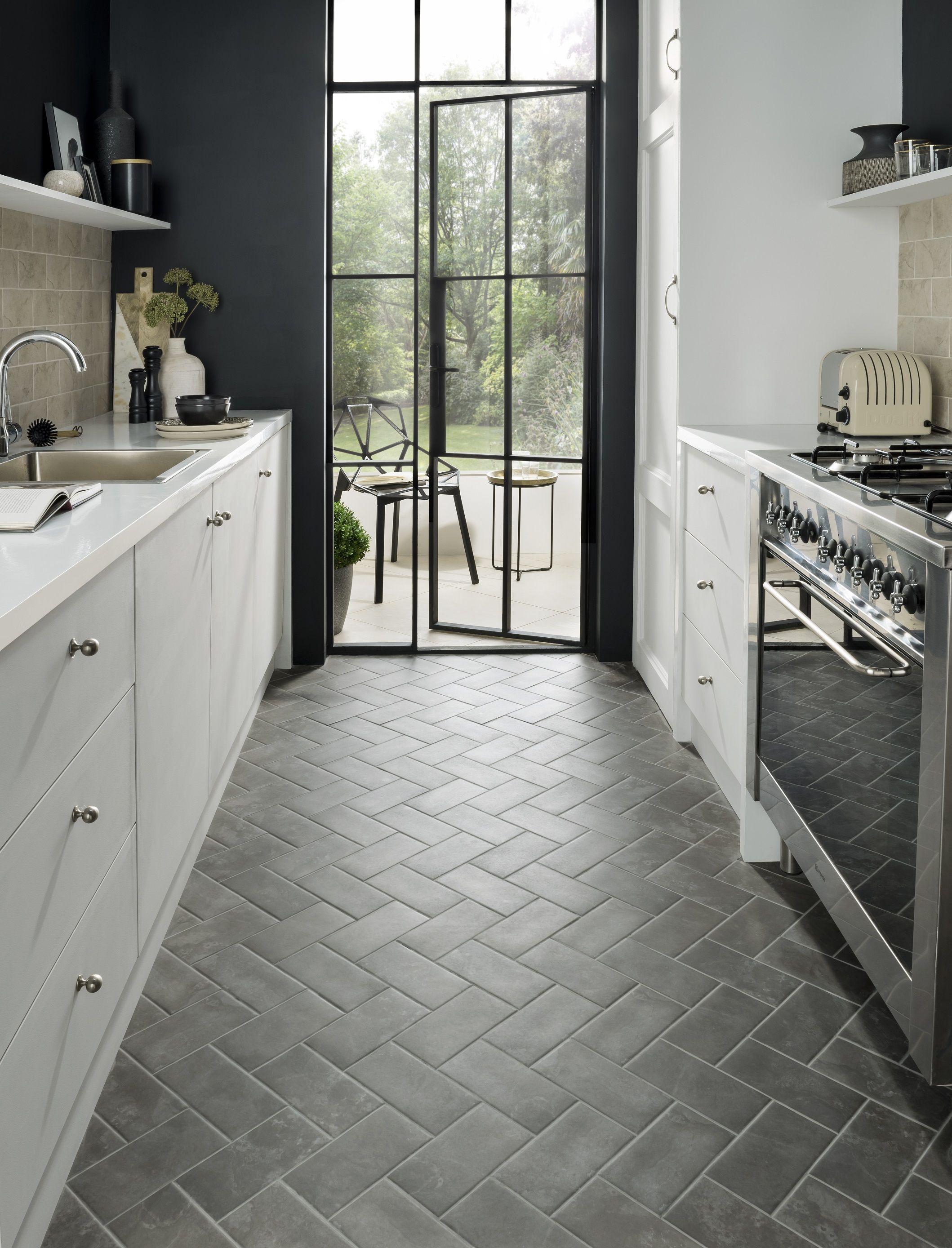 11 tile design ideas to make a small kitchen feel bigger ...