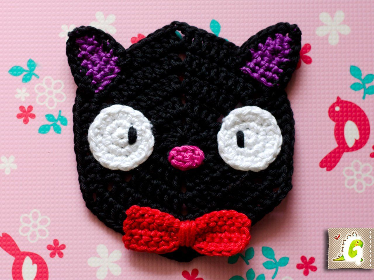 Groaaar jiji hexagon crochet pinterest crochet gifts this is the third hexagon out of my studio ghibli themed hexagon series you can make a studio ghibli blanket or throw table runner scarf or wall hanging bankloansurffo Images