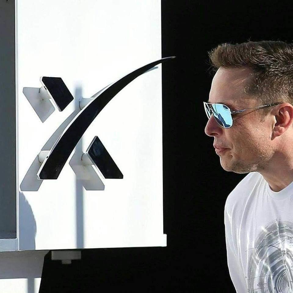 Elon Musk Biography Net Worth Celebrity Sphere In 2020 Elon Musk Tesla Elon Musk Musk
