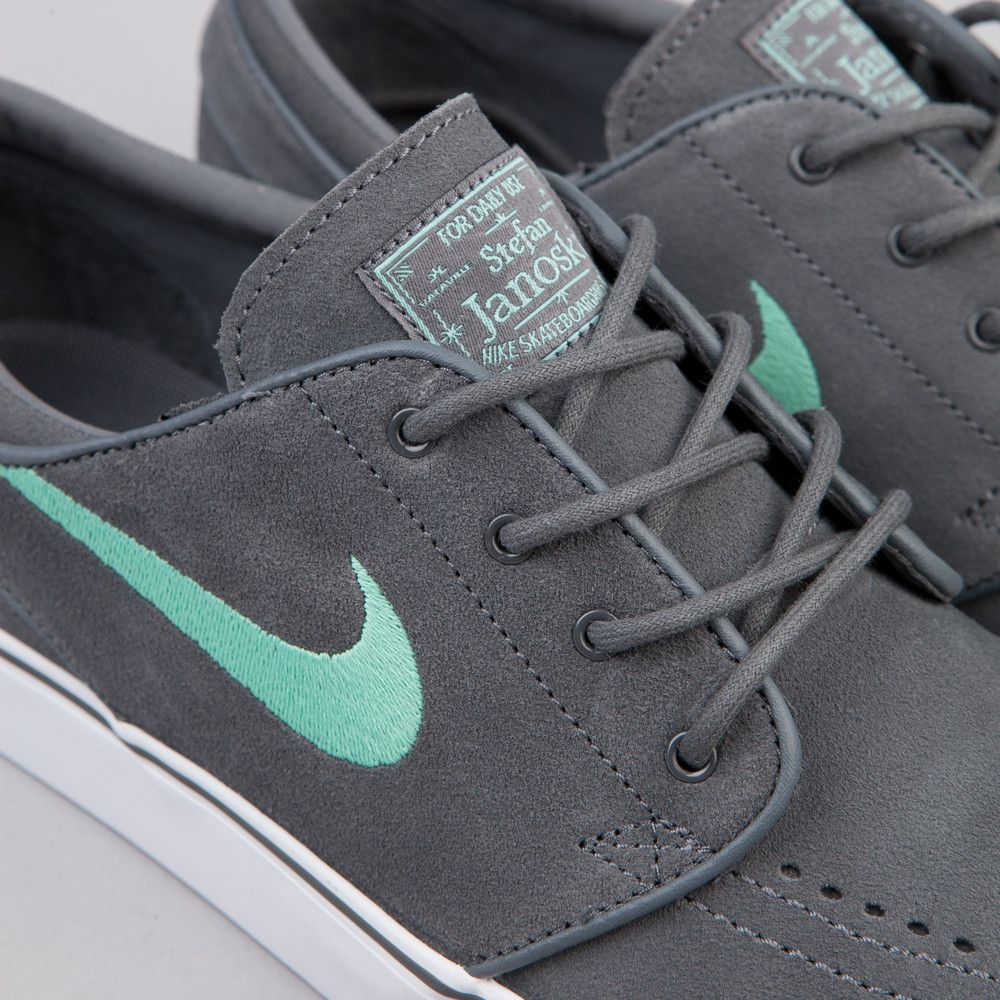 f366728eae1 Nike SB Stefan Janoski Dark Grey / Medium Mint | My Style | Nike ...