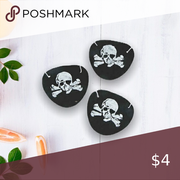 Halloween Pirate Eye Patch You Can T Call Yourself A True Pirate Until You Wear An Eye Patch These Pirate Eye Patches Are Pirate Eye Patches Patches Eyepatch
