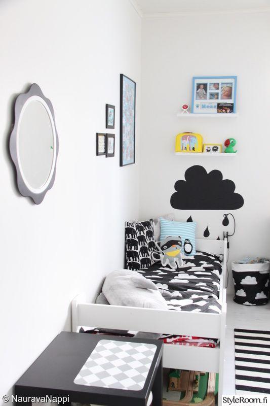 lastenhuone,mustavalkoinen,finlayson,liitutaulutarra,pilvilakanat