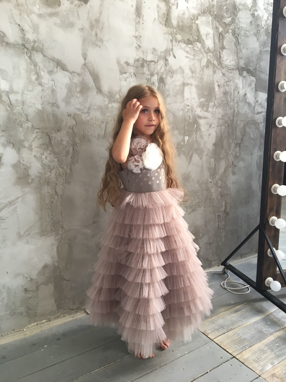 50f3a582ba2 Купить Детское нарядное платье ФЕЯ цвета тауп в интернет магазине на  Ярмарке Мастеров