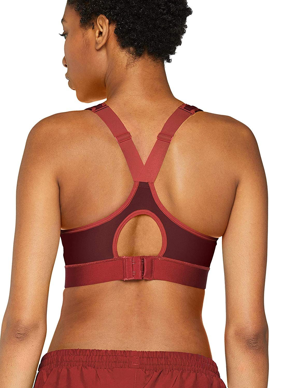 95b908e52bbd9 Amazon.com  Under Armour Women s Warp Knit High Sports Bra  Sports    Outdoors