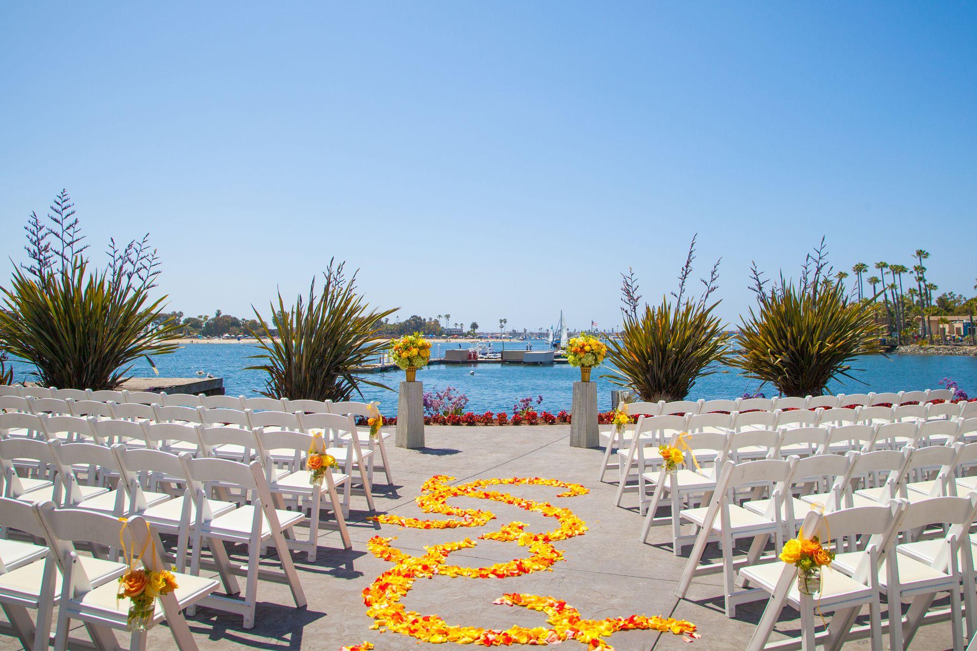 Pin By Rajee Pandi On Island I Do S Contest Wedding Venues Beach Southern California Wedding Venues San Diego Beach Wedding Venues
