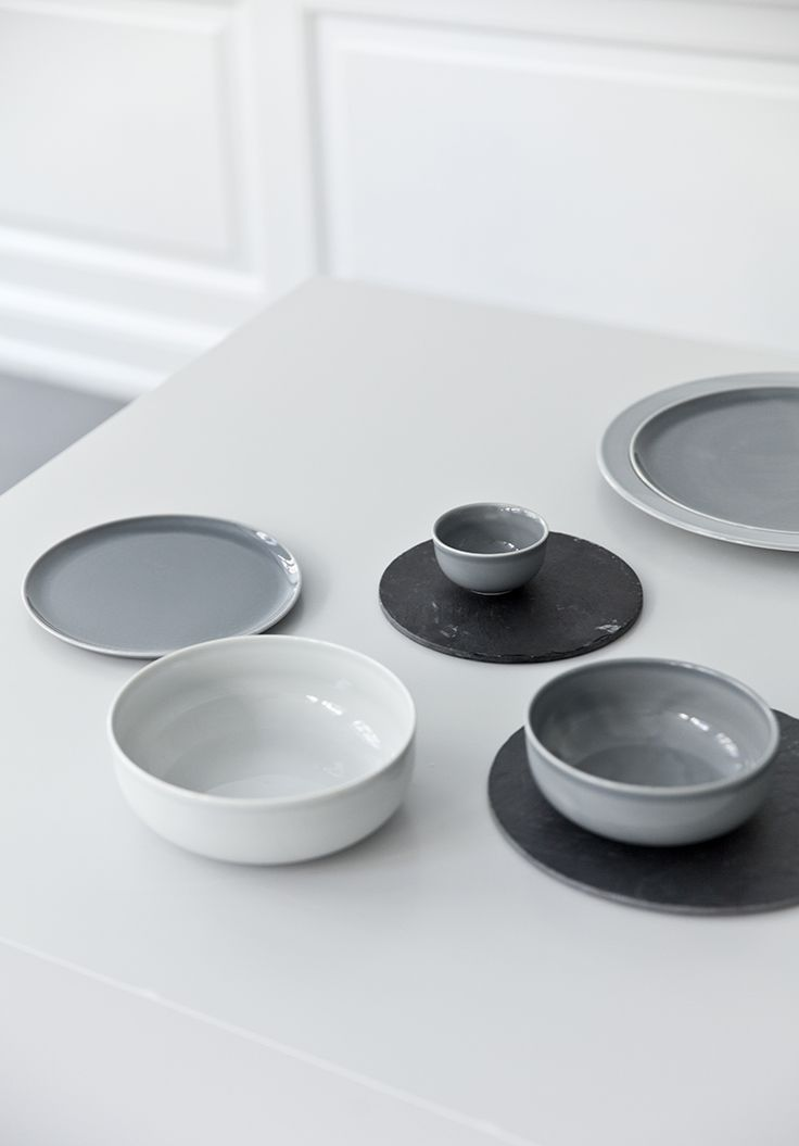 Norm Dinnerware by Norm love colors but do not like rimless plates ...