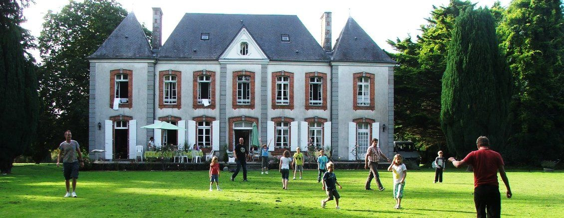 Le Castel Normandy chateau, chateaux, holiday in