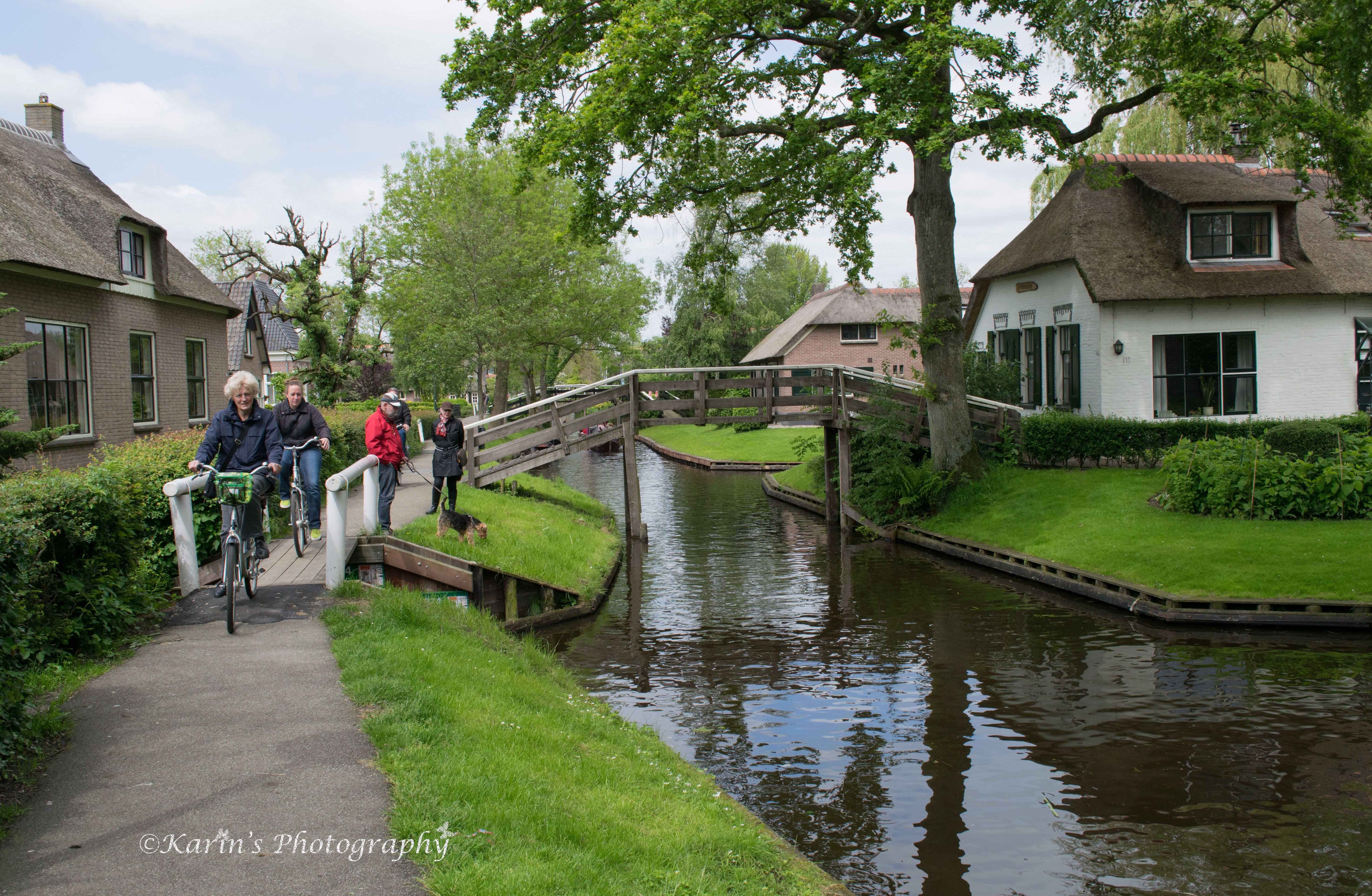 Giethoorn Netherlands Little Venice of Holland FB